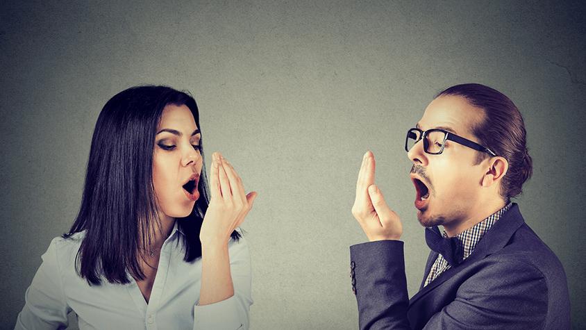 hogyan lehet megszüntetni a rossz leheletet a gyomorból