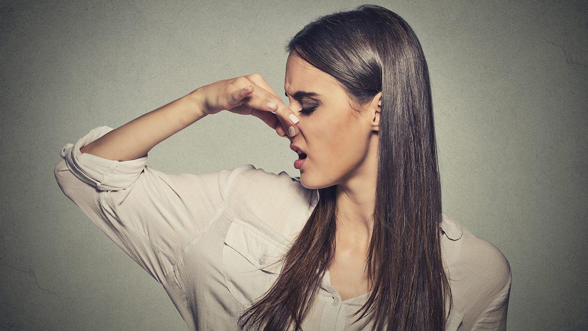 kaki szaga a szájból miért