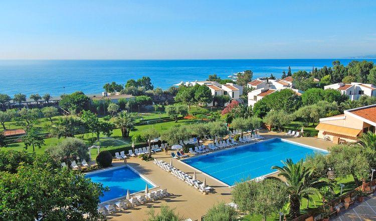 naxos beach resort giardini naxos lo féregtelenito paszta ara