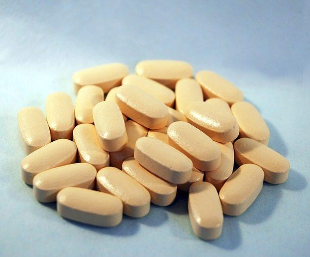 tabletták férgek férfiak számára népi gyógyszerekkel)