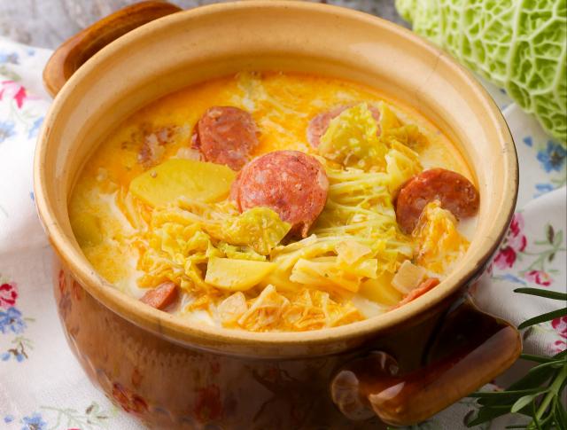 klasszikus kelkáposzta főzelék)